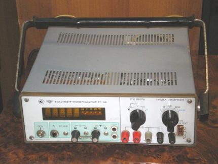 Вольтметр В7-16А имеет ряд
